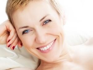 pelle bella e luminosa con la biorivitalizzazione