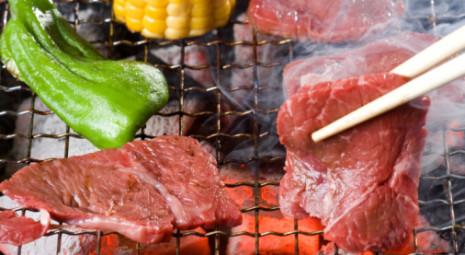 barbecue-ed-infezioni-alimentari-con-la-carne