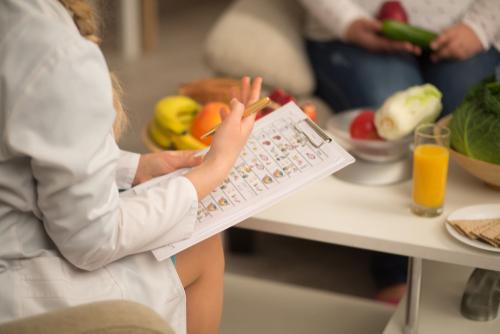 dietologo per dieta proteica